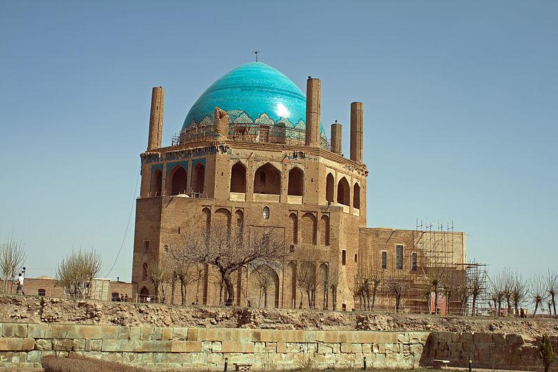 イランの歴史_ゴンデバ・ソルタニーイェ